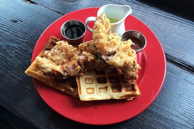 Tuc_Craft_Kitchen_brunch_Chicken_and_waffles